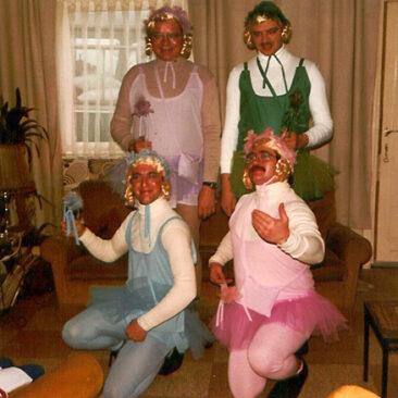 1981 - Roger Outlet, Alain Outlet, Léon Bande et Raymond Honore  Copyright © 2006 par Amis Réunis  Tous droits réservés