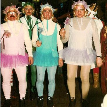 1981 - Raymond Honore, Alain Outlet, Léon Bande et Roger Outlet  Copyright © 2006 par Amis Réunis  Tous droits réservés
